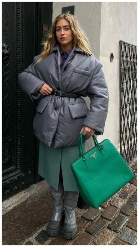 Зимний образ со странной сумкой