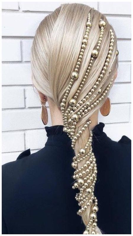 Красивое жемчужное украшение для волос фото