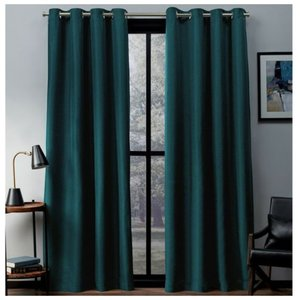 Плотные шторы для гостиной