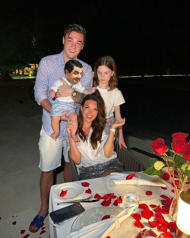 Катя Жужа с семьей фото