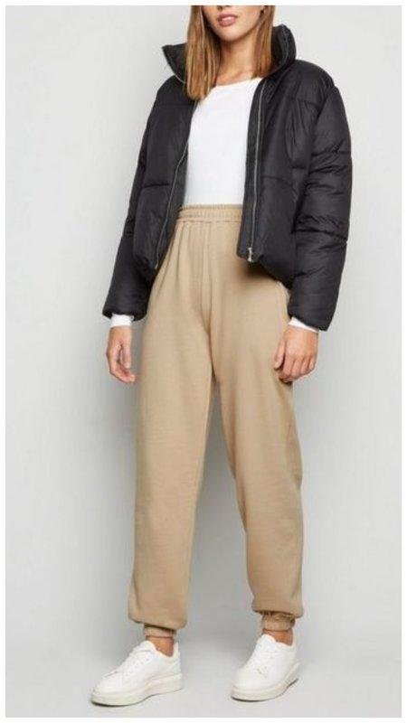 Спортивные штаны с курткой
