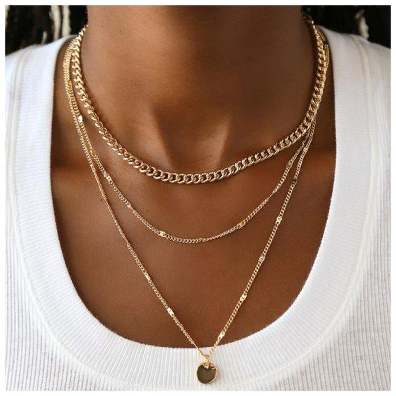 Многослойное украшение из золота на шею
