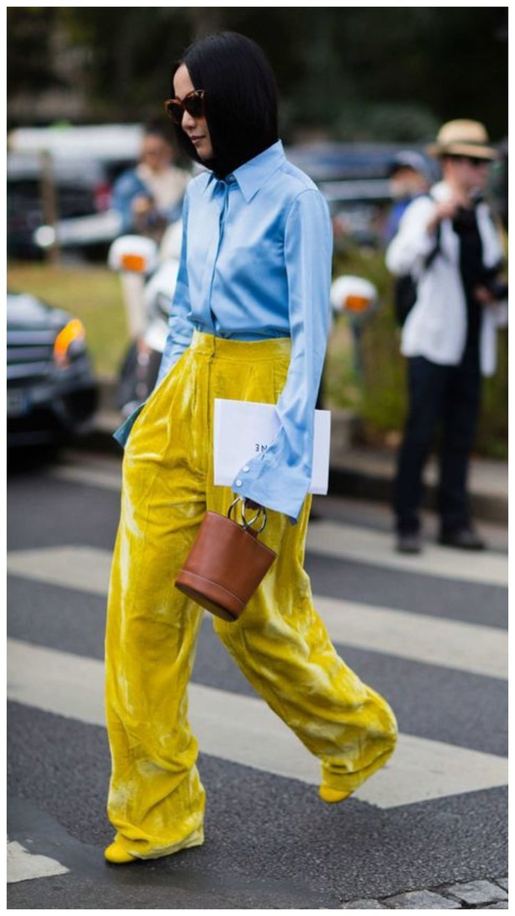 Желтые брюки палаццо