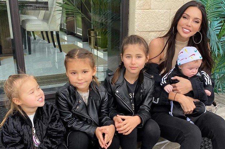 Оксана Самойлова с детьми фото