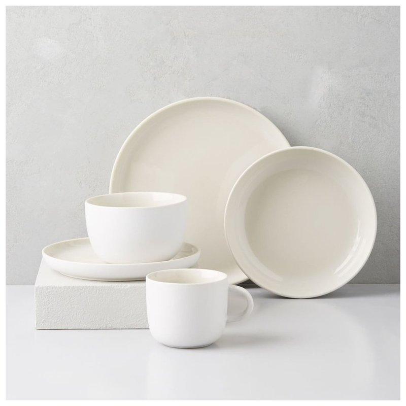 Модные белые тарелки фото