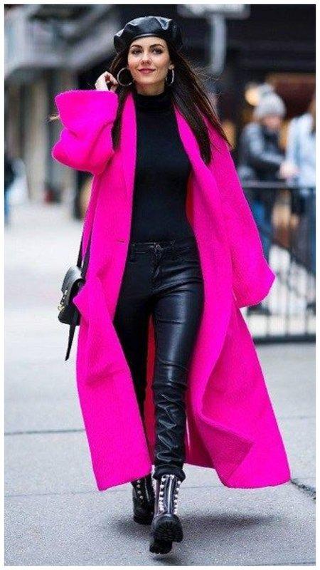 Как носить пальто цвета фуксия фото