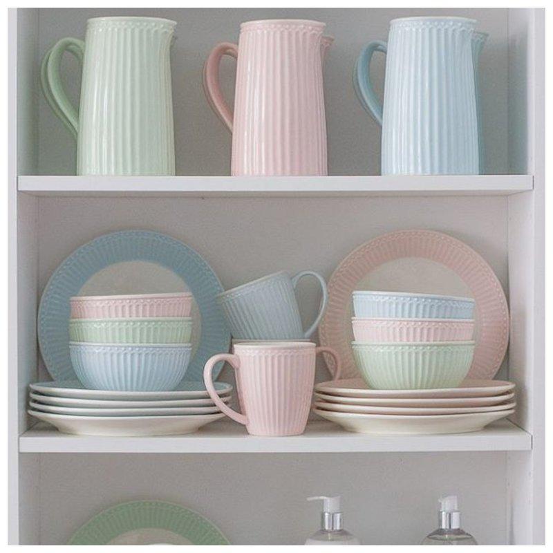 Посуда пастельных оттенков фото