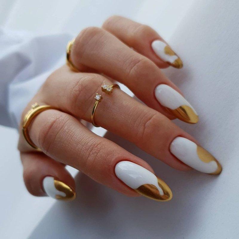 Как нарисовать жидкое золото на ногтях