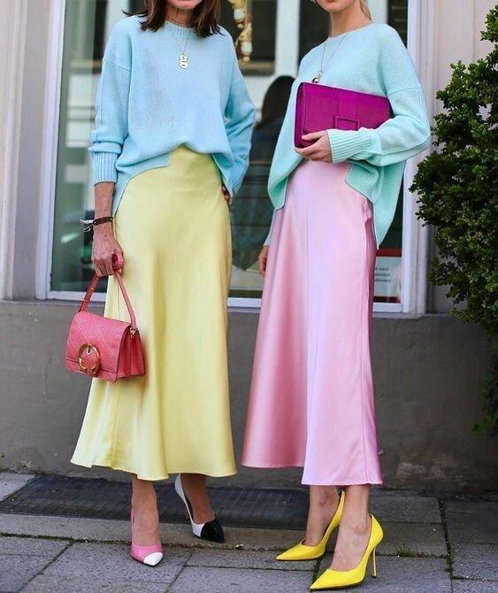Модные образы с шелковой юбкой