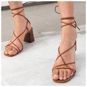 Босоножки с веревочками и широким каблуком
