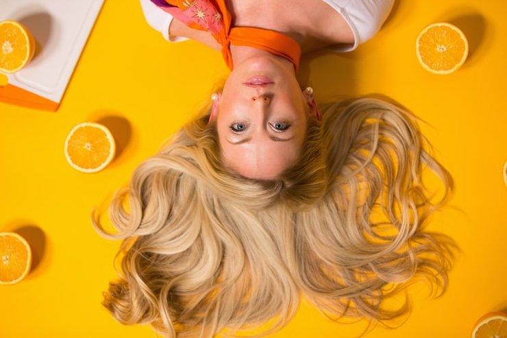 Сочный оттенок волос