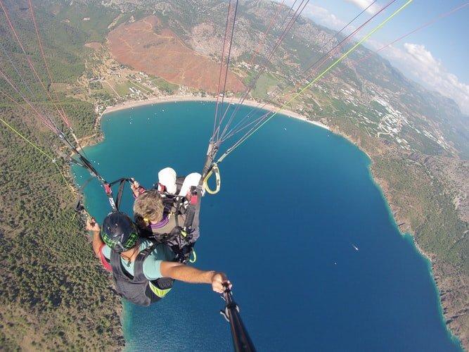 Совместный прыжок на парашюте