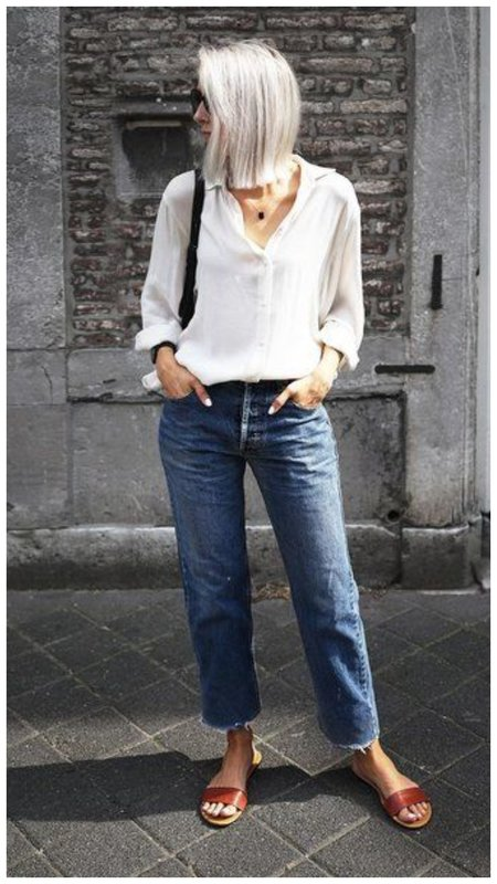 Пример с чем носить джинсы летом женщине в 50 лет