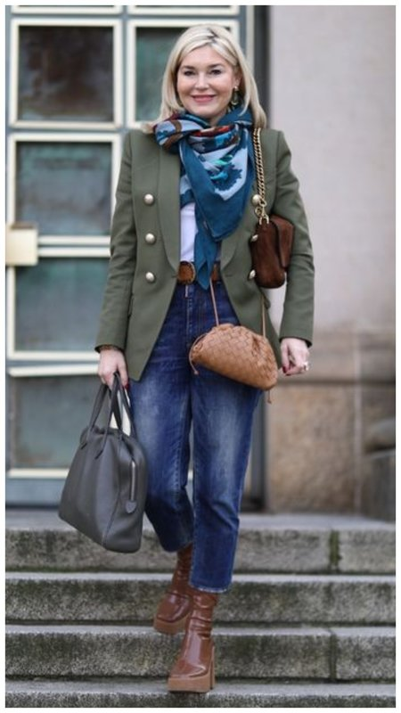 с чем носить джинсы взрослой женщине