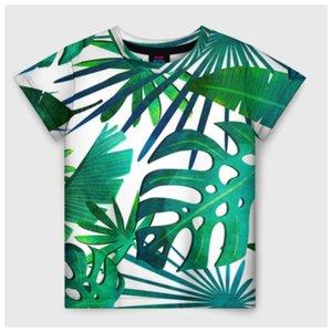 Тропический принт на футболке