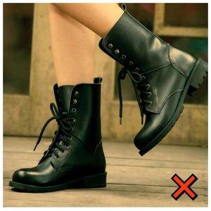 Ботинки на низкой подошве