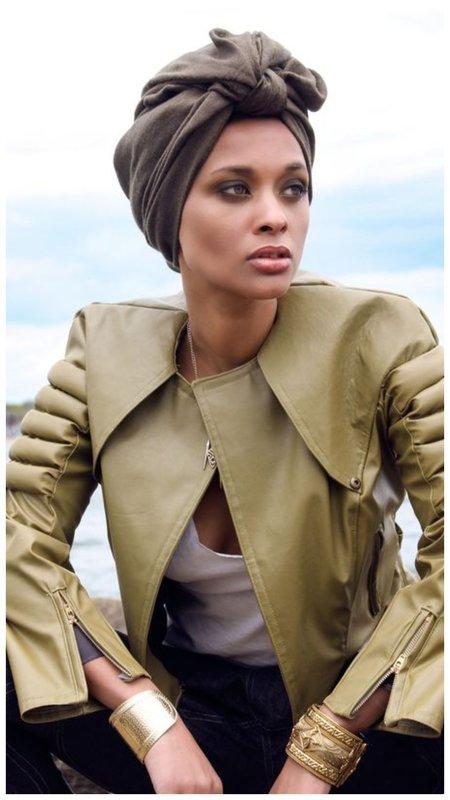 Как носить повязку на голову