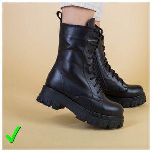 Модные ботинки со шнурками