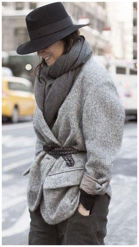 Пальто и шляпа пример образа