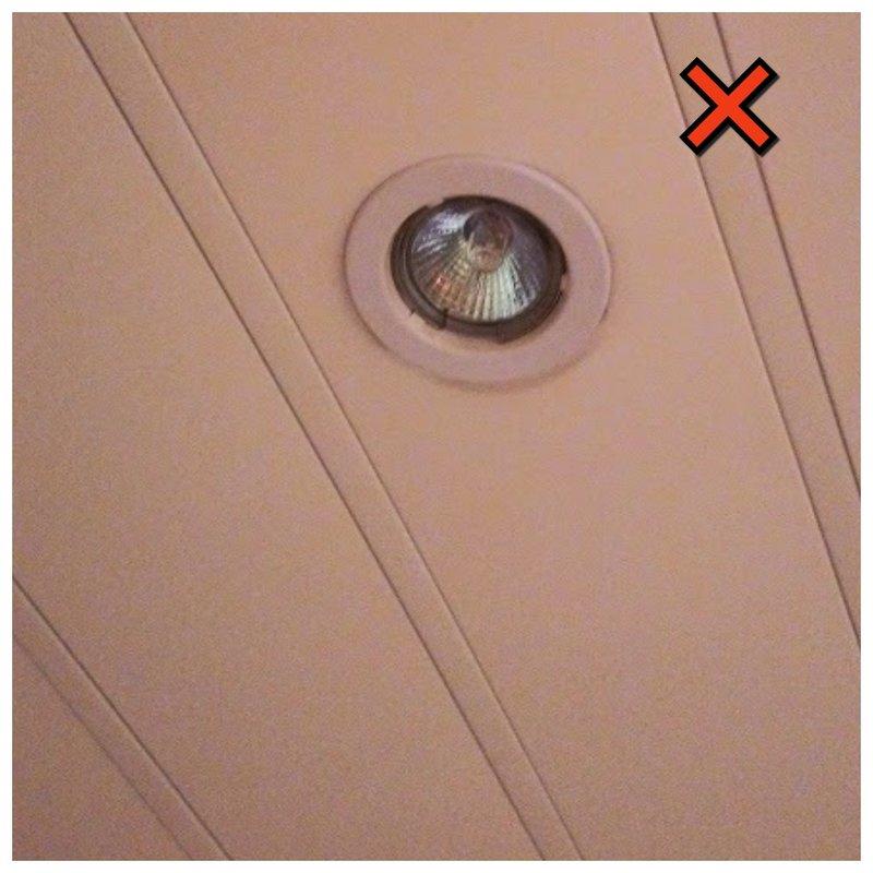 Одна лампочка в ванной комнате