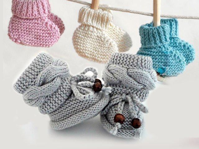 Вязание для новорожденных с описанием пинеток спицами для