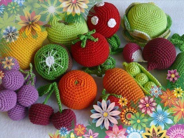 Вязанные овощи. фрукты