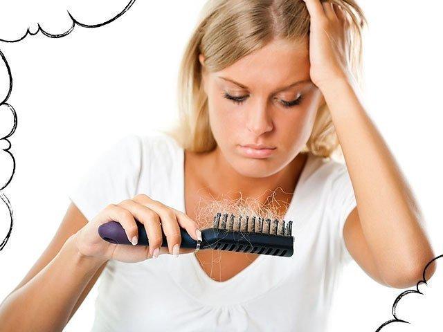 Волосы лезут пучками во сне